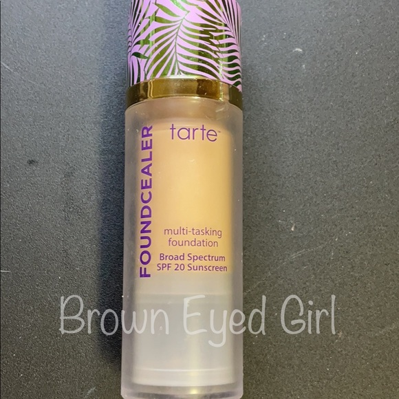 Tarte Foundcealer Foundation